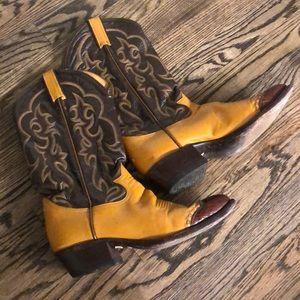 Tony Lama Shoes - EUC Authentic Tony Lama Cowboy Boots w/Lizard Tips